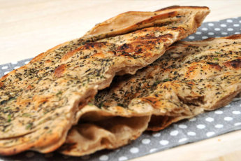 Pudhina parantha with butter